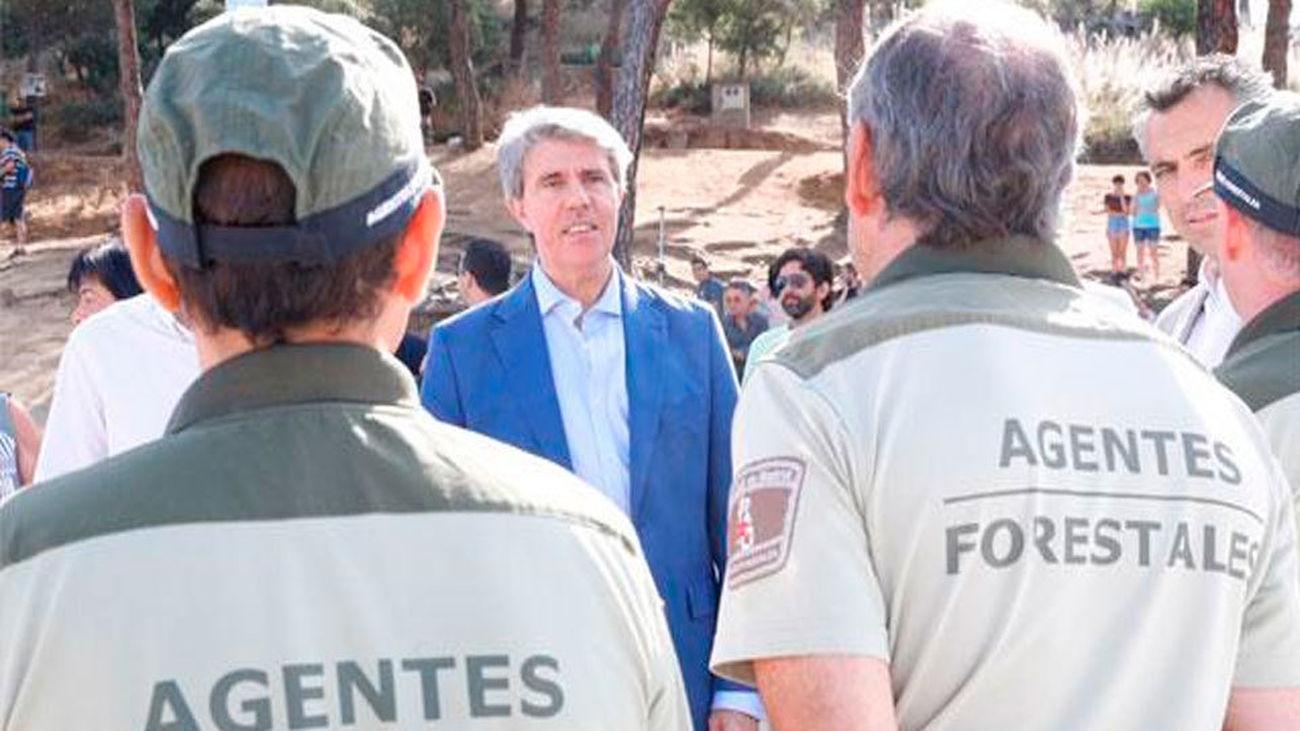 El presidente de la Comunida de Madrid, Angel Garrido, visita a los operativos coordinados por la Agencia de Seguridad y Emerge