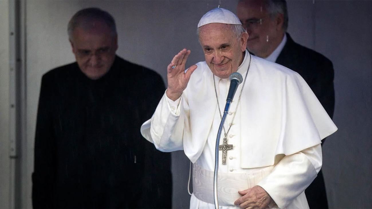 """El Vaticano modifica el Catecismo y declara """"inadmisible"""" la pena de muerte"""