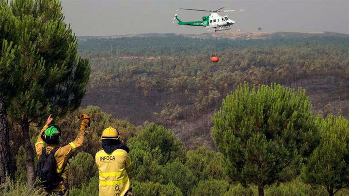 Los incendios de Huelva evolucionan favorablemente