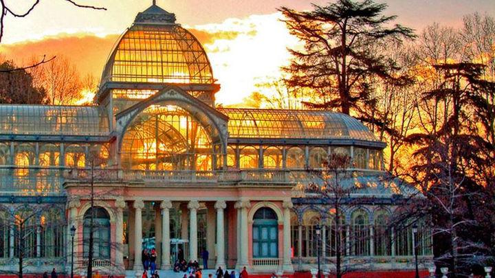 Reina Sofía abre a visitas nocturnas sus palacios del parque del Retiro