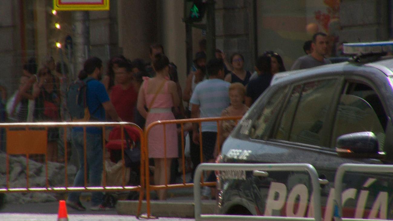 Un escape de gas obliga a desalojar comercios y oficinas en la Gran Vía