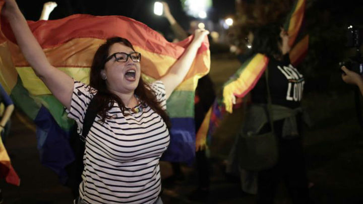 Críticas y sorpresa por el fallo constitucional sobre el matrimonio gay en Costa Rica