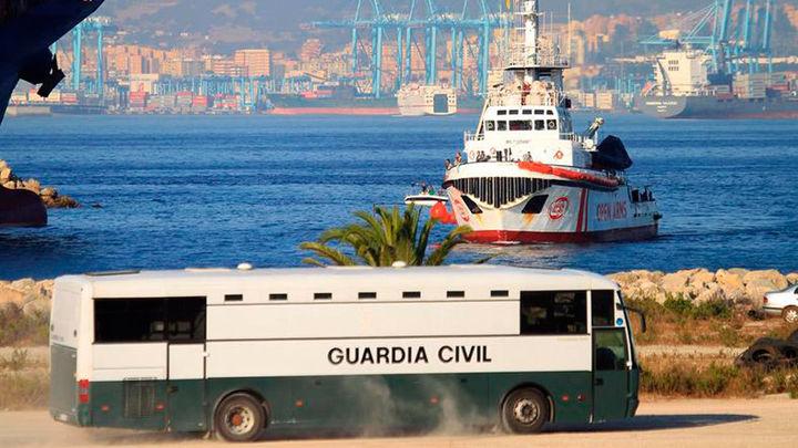 Los  87 pasajeros del Open Arms sin estatus especial quieren pedir asilo