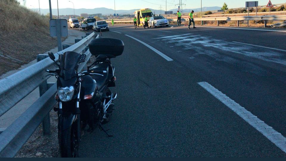 Accidente de moto a la altura de Alcobendas