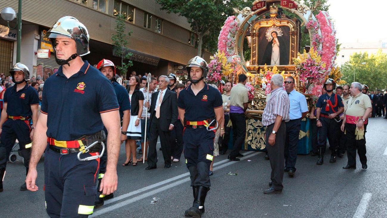 Fiestas de La Paloma: mañana día grande, misa y procesión
