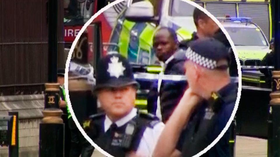 Momento de la detención de Salih Khater, como presunto autor del atropello intencionado en Londres