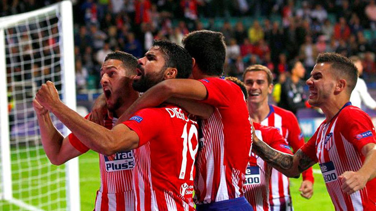 Diego Costa celebra uno de los goles en la Supercopa