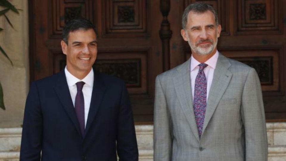 Pedro Sánchez y los ministros de Interior y Justicia acompañarán a los Reyes en el acto del 17A