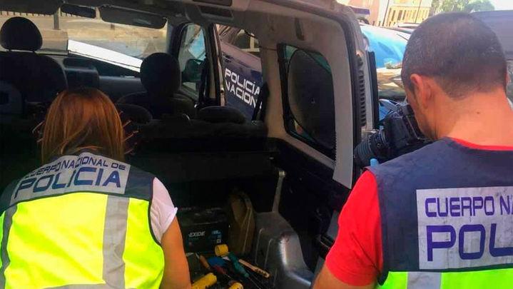 Una policía fuera de servicio ayuda a detener a los autores de un homicidio en Alicante
