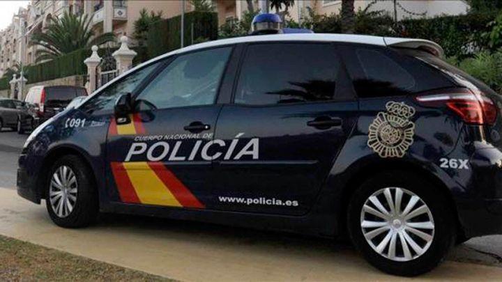Muere una mujer estrangulada en Orihuela (Alicante) y detienen a su pareja