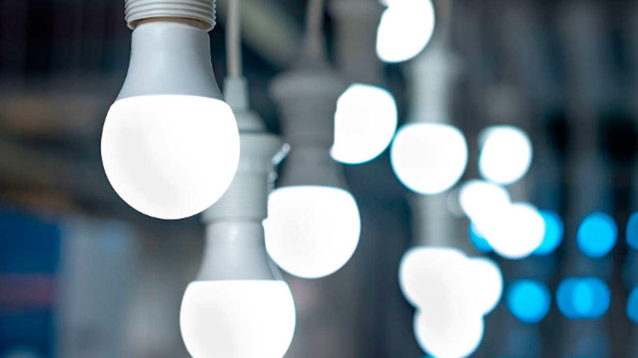 La luz sube un 10% en un año