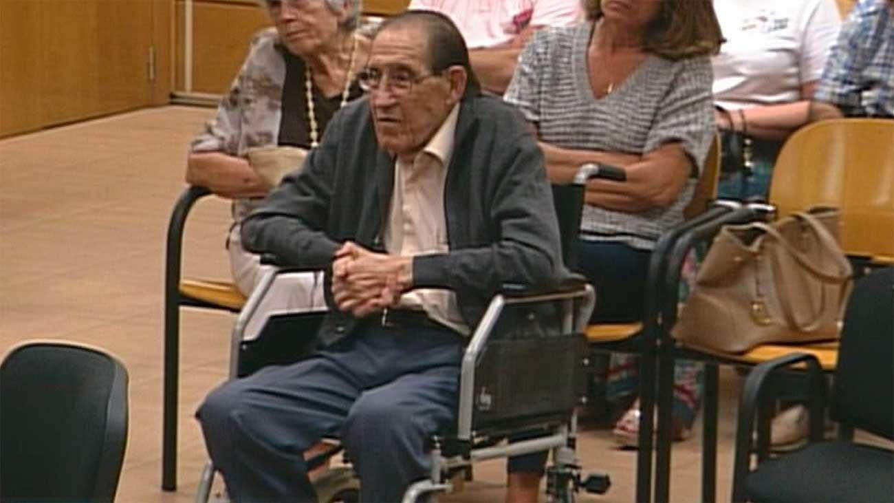 El Fiscal pide 11 años para el doctor Vela en el primer juicio por bebés robados