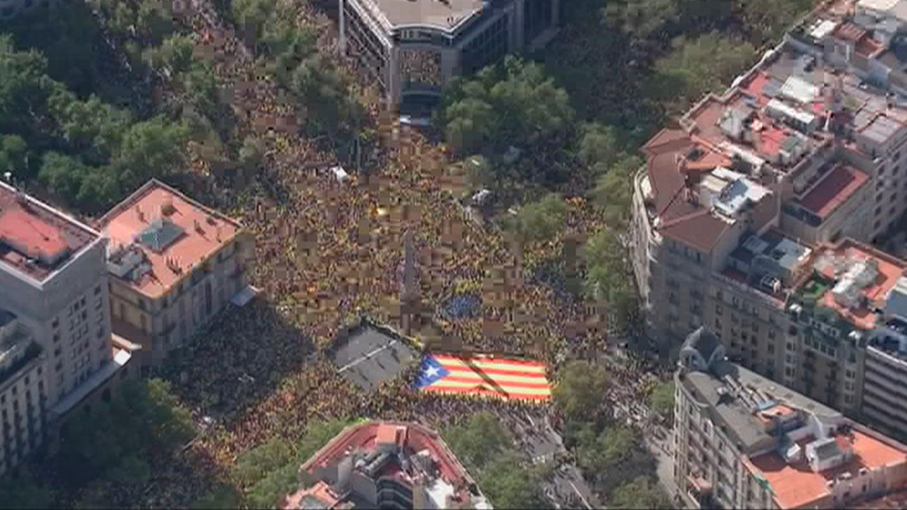 Cataluña celebrará la Diada partida en dos