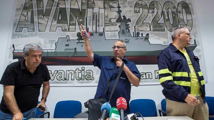 Los empleados de Navantia cortan la A-4 en San Fernando