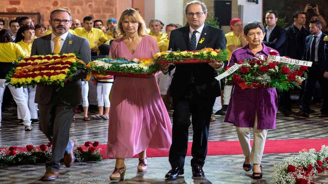 Torra y Cunillera protagonizan la ofrenda a Rafael Casanova