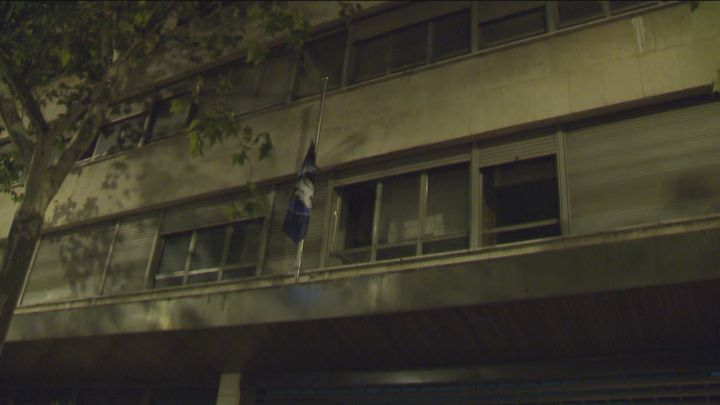 Desalojan a ultras de Hogar Social de un edificio okupado enPríncipe de Vergara