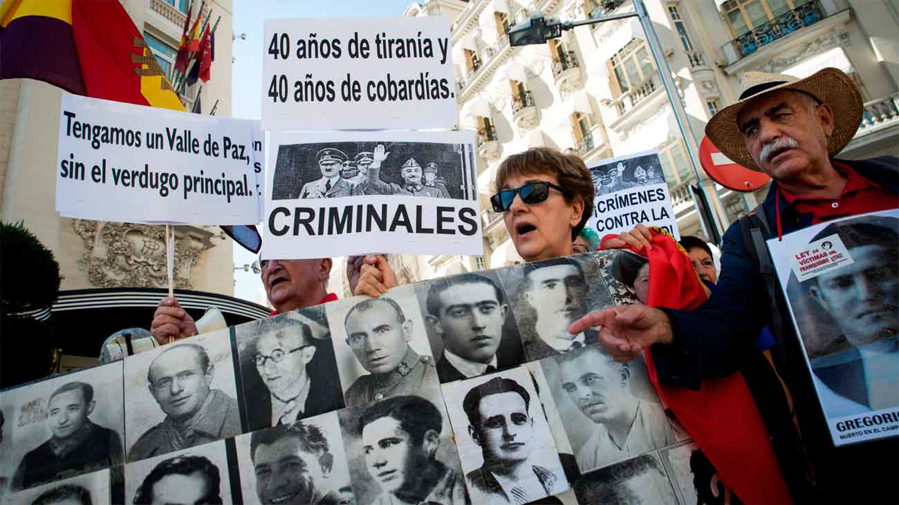 El Congreso avala el decreto para exhumar a Franco