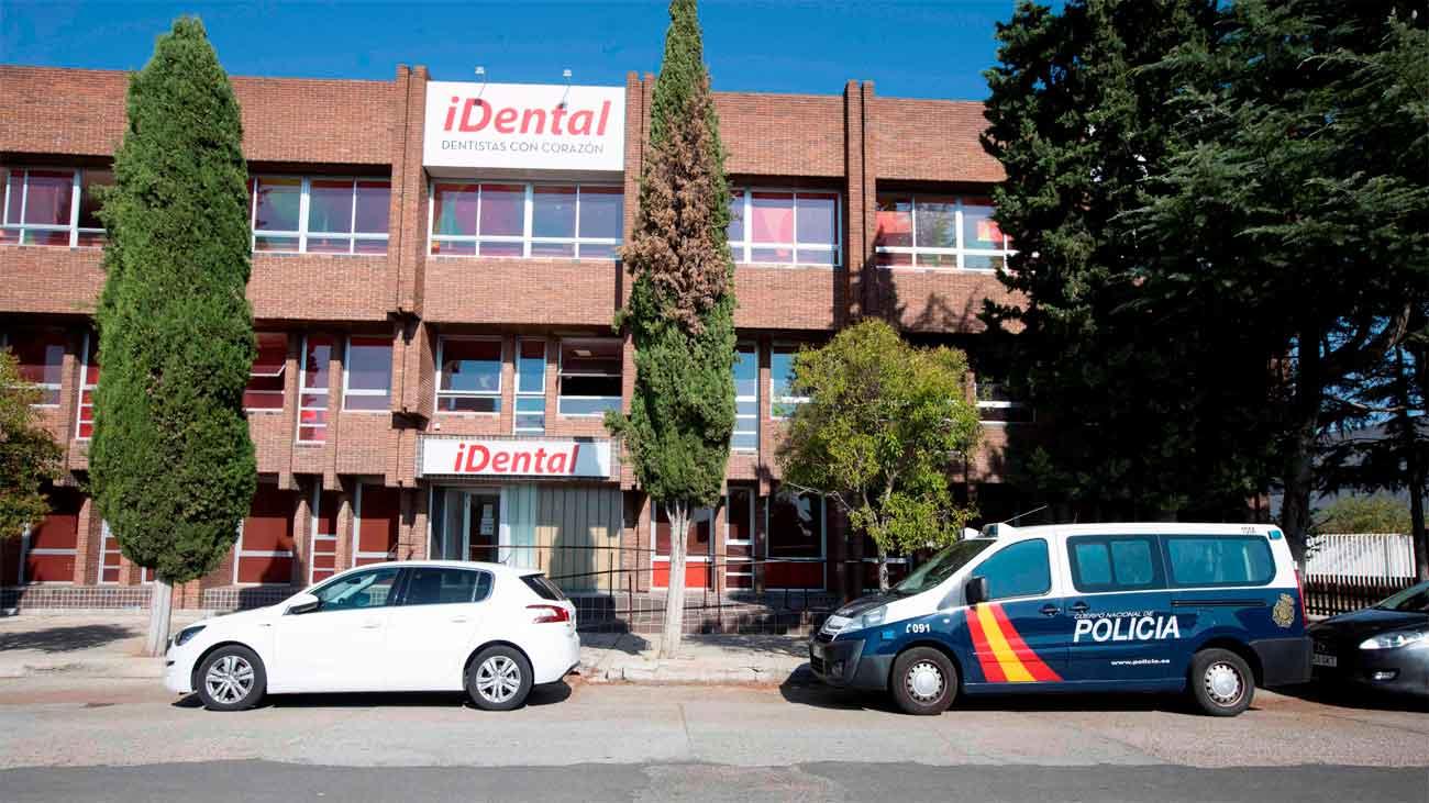 La Policía registra las 23 sedes de iDental de toda España para cubrir las indemnizaciones de afectados