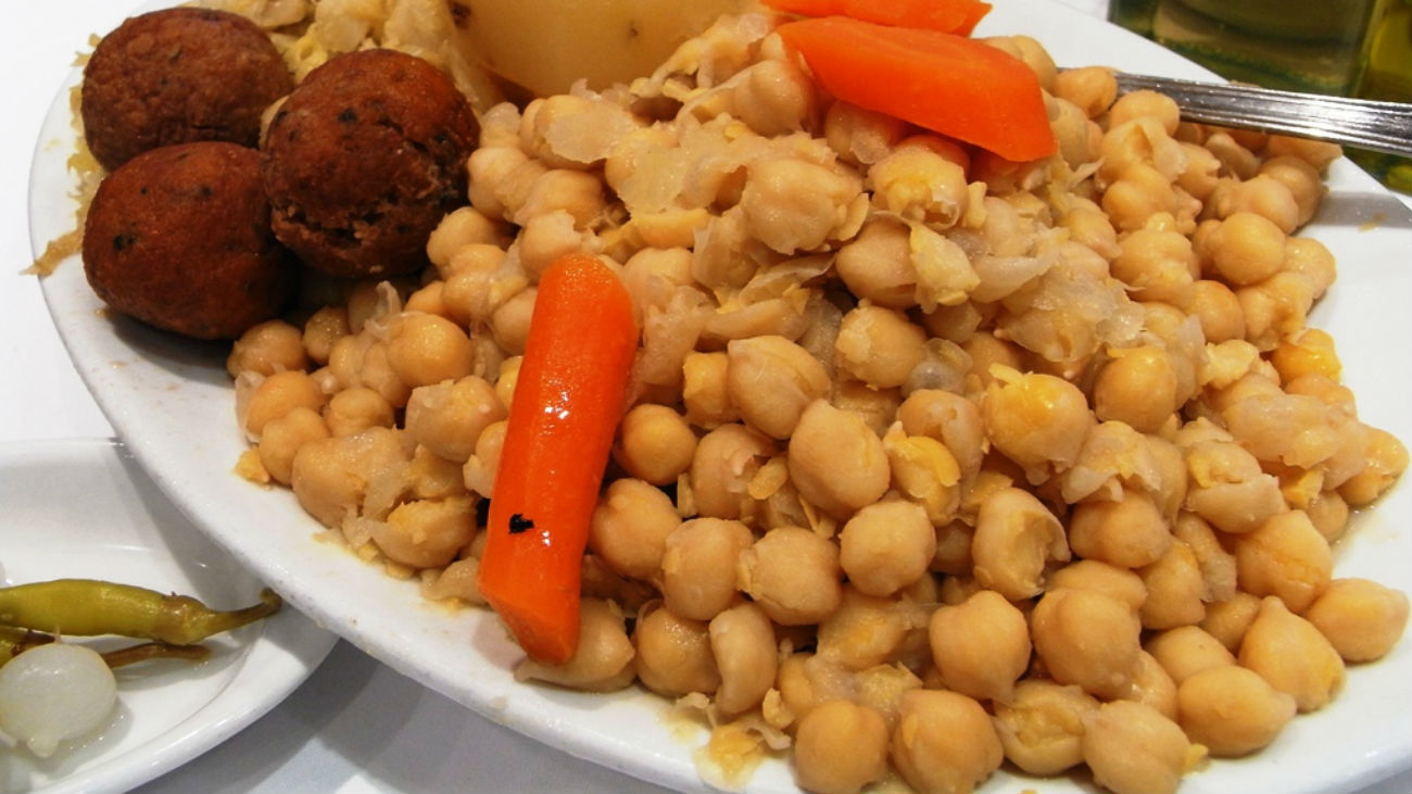 El cocido de Móstoles: 175 kilos de garbanzos para 4.000 raciones