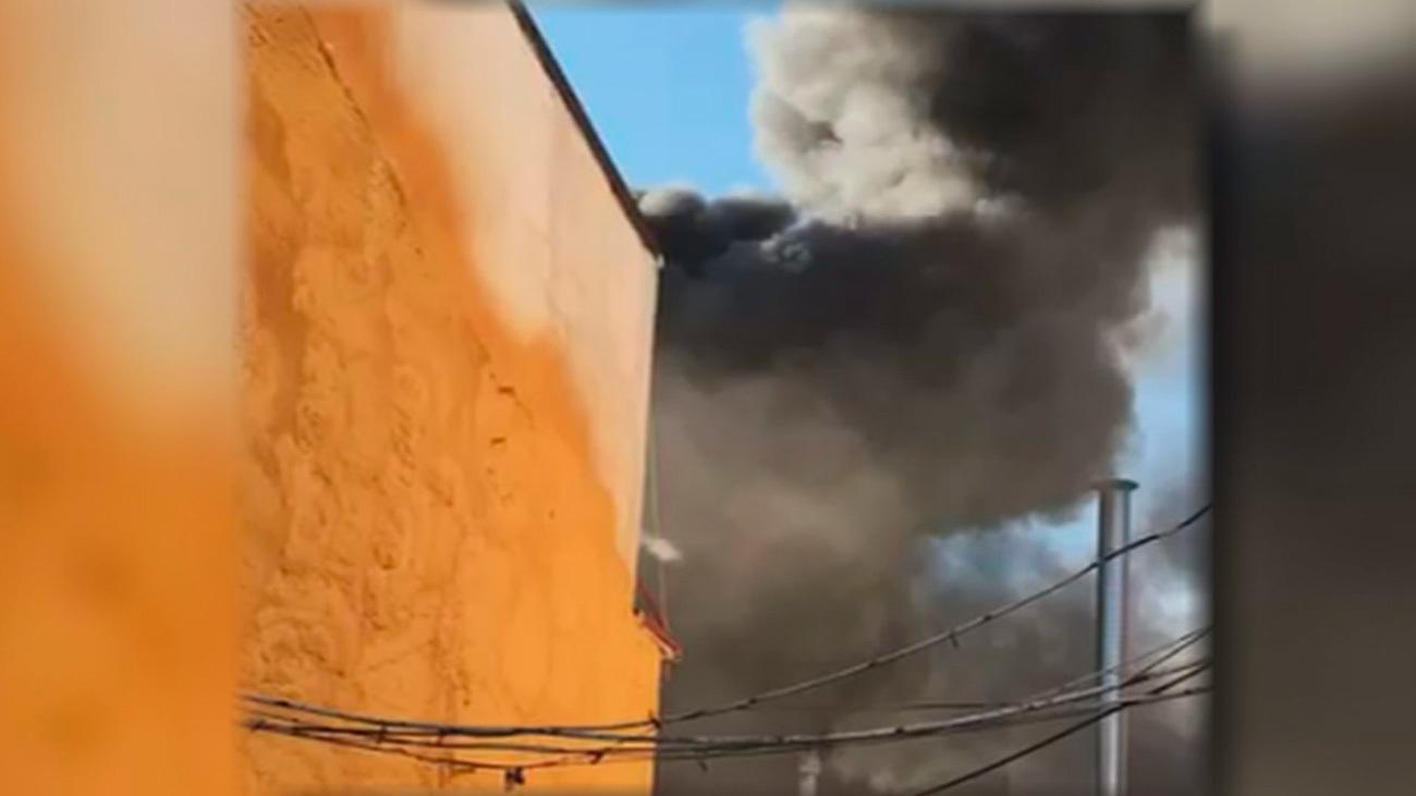 Incendio en un taller de pintura de coches en Usera