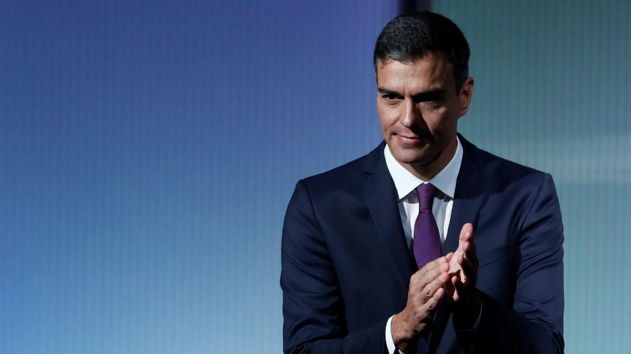 Sánchez propone una reforma exprés de la Constitución