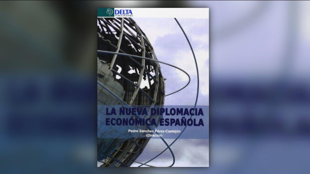"""Un libro de Sánchez copia párrafos del discurso de un diplomático y Moncloa habla de """"error involuntario"""""""