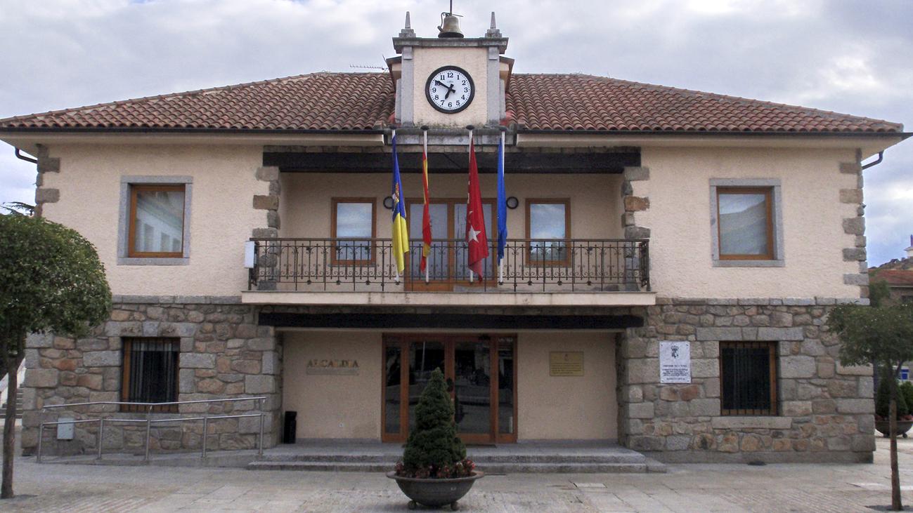 Dimite el edil del PP que intentó chantajear a la alcaldesa de Torrelodones