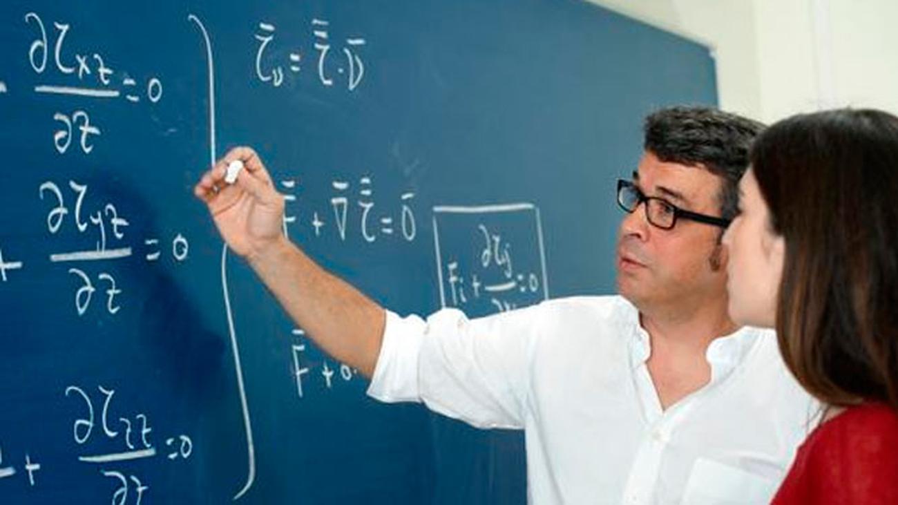 En busca de profesores de matemáticas