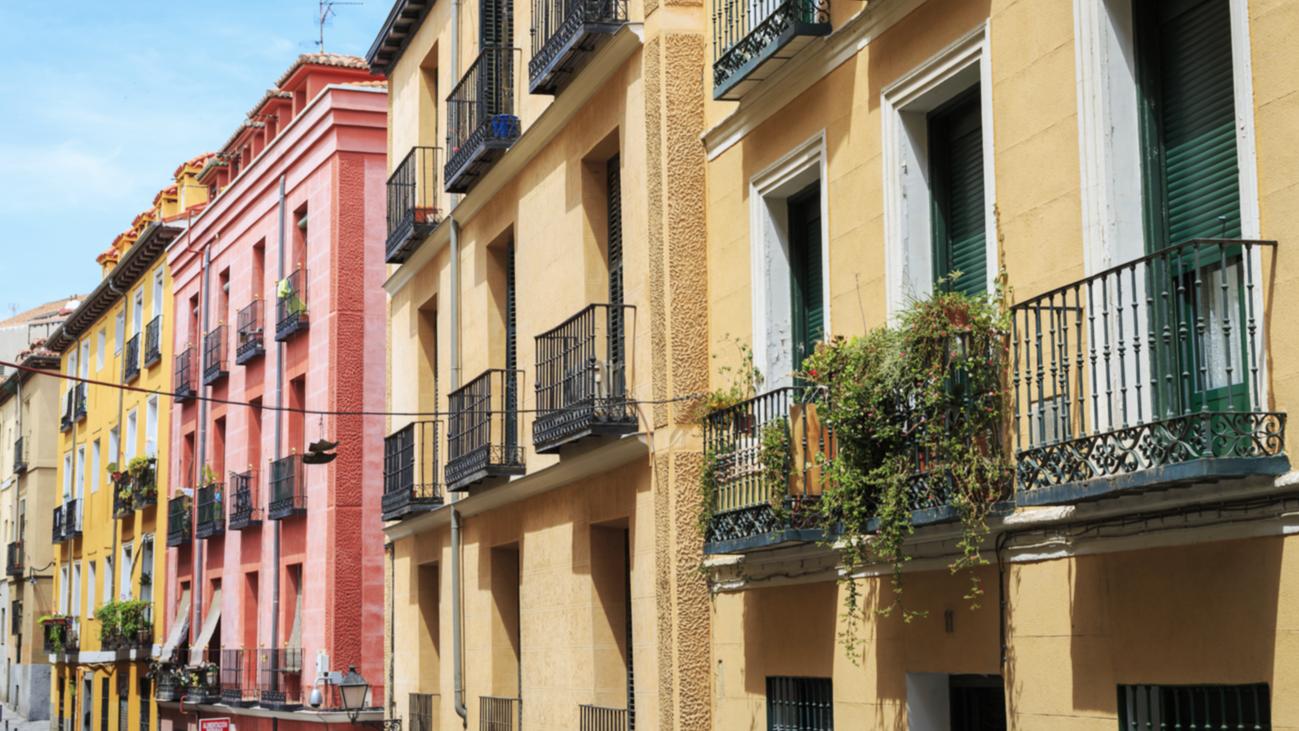 Las comunidades de vecinos podrán impedir  las viviendas de uso turístico por mayoría simple