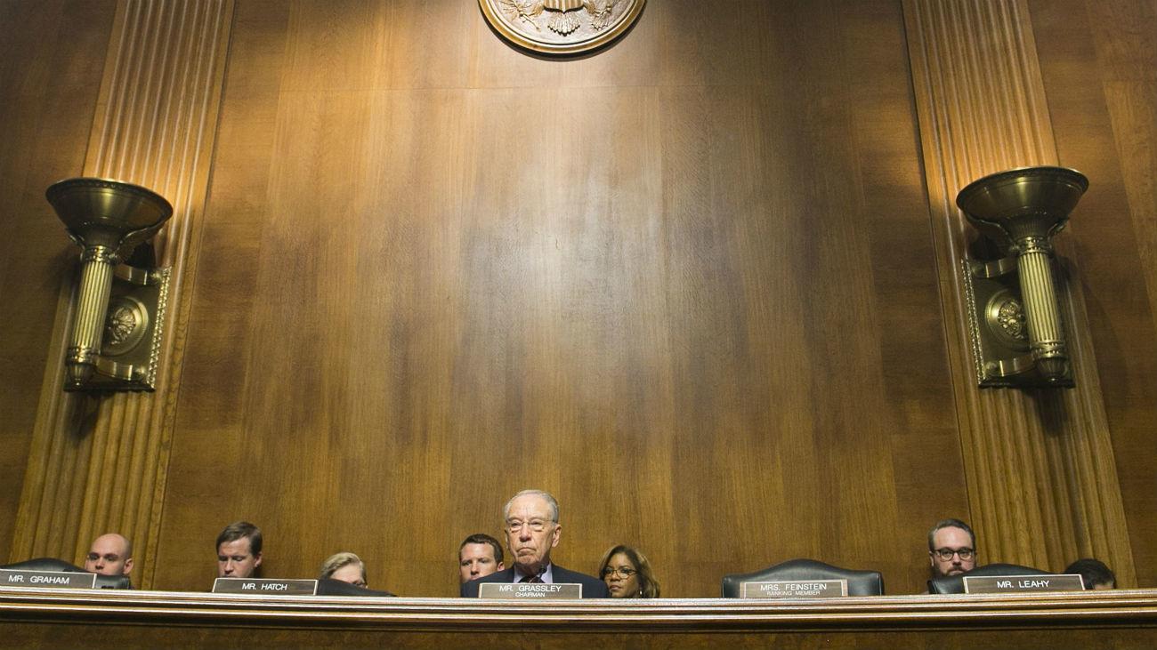 El Senado acepta que el FBI investigue al nominado al Supremo antes de su confirmación