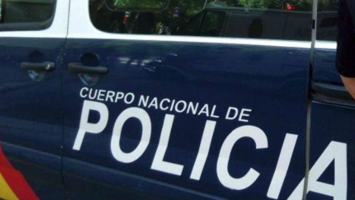 Un policía fuera de servicio impide a cinco ladrones desvalijar un cajero