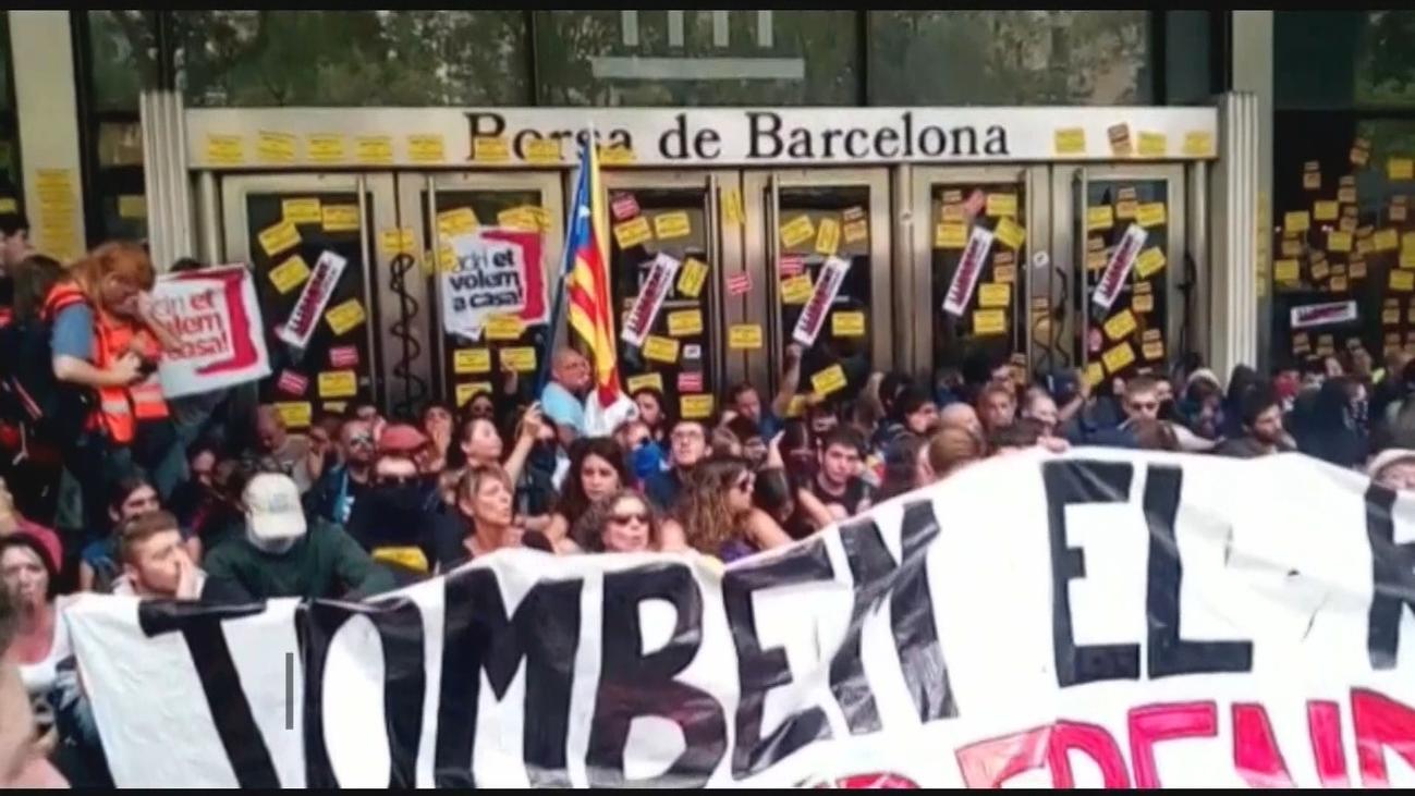 Un año después del 1-O continua la presión al Estado en Cataluña
