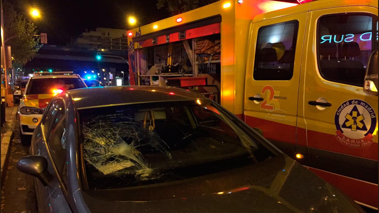 Herido muy grave un chico de 19 años al ser atropellado en la Avenida Ciudad de Barcelona