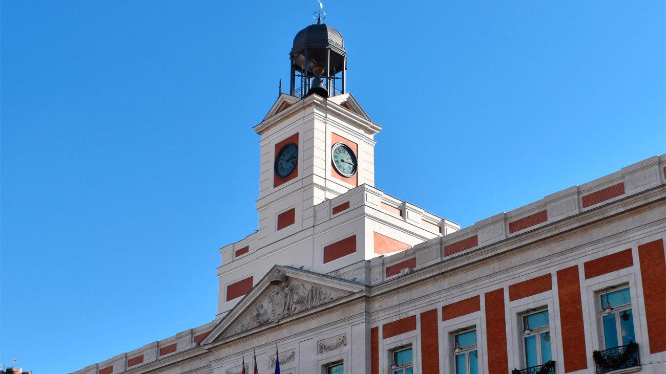 Dobles campanadas en la Puerta del Sol para despedir el año
