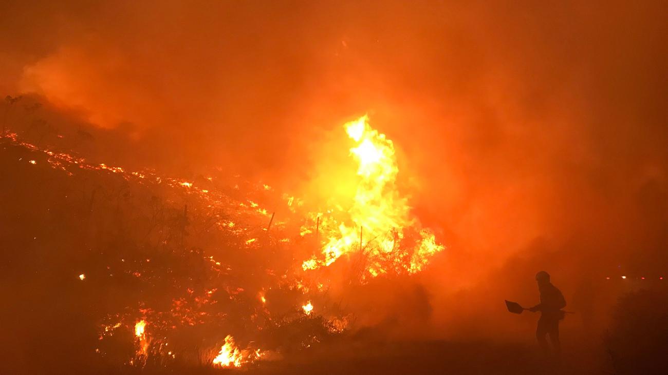 Regresan a sus casas lo desalojados por el incendio de Mondariz