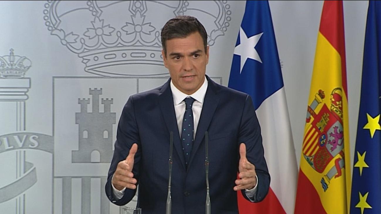 """Sánchez espera que """"el diálogo y la legalidad"""" se abran camino en Cataluña"""