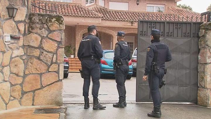 El juez envía a prisión por estafa al exdirectivo de iDental Luis Sans y a otras tres personas