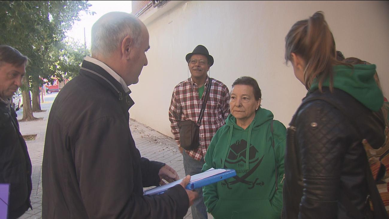 Una mujer de 71 años desahuciada de su casa en Vallecas