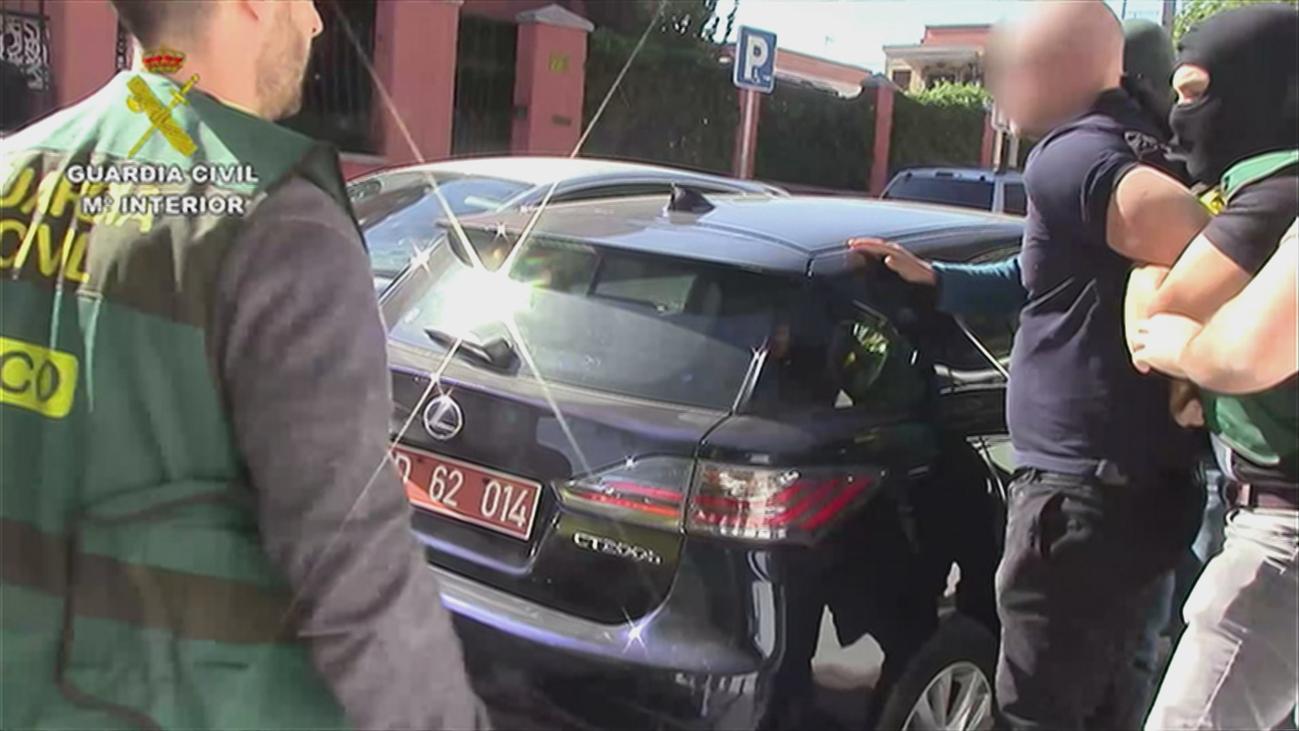 Detienen a un falso diplomático que robaba coches en 20 segundos en Madrid