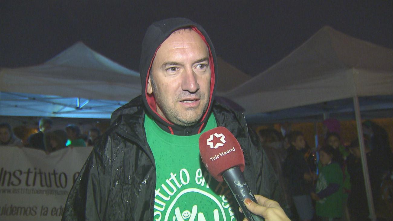 Vecinos del barrio de Rejas acampan para reclamar el nuevo Instituto