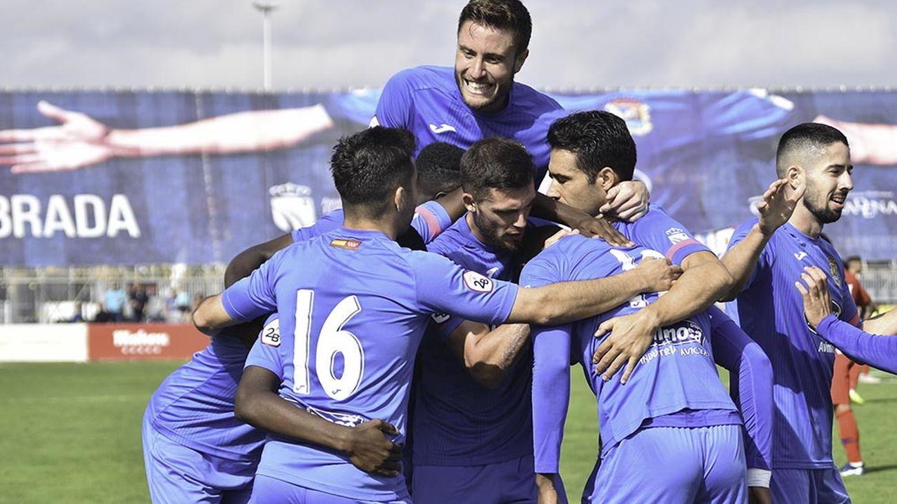 2-0. El 'Fuenla' se impone con diez al Atleti B