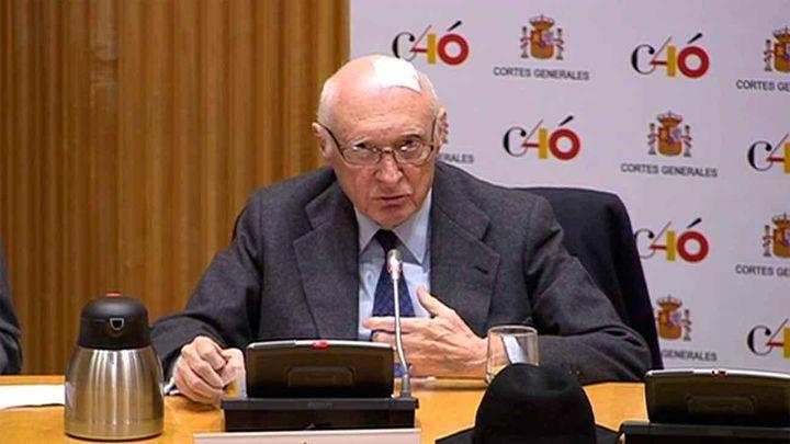 """Pérez-Llorca alerta de una operación de """"jaque al rey"""" contra Felipe VI"""