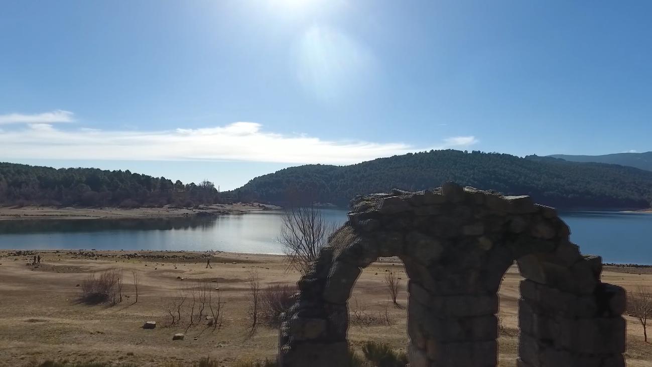 Embalse de La Jarosa, la ruta del agua
