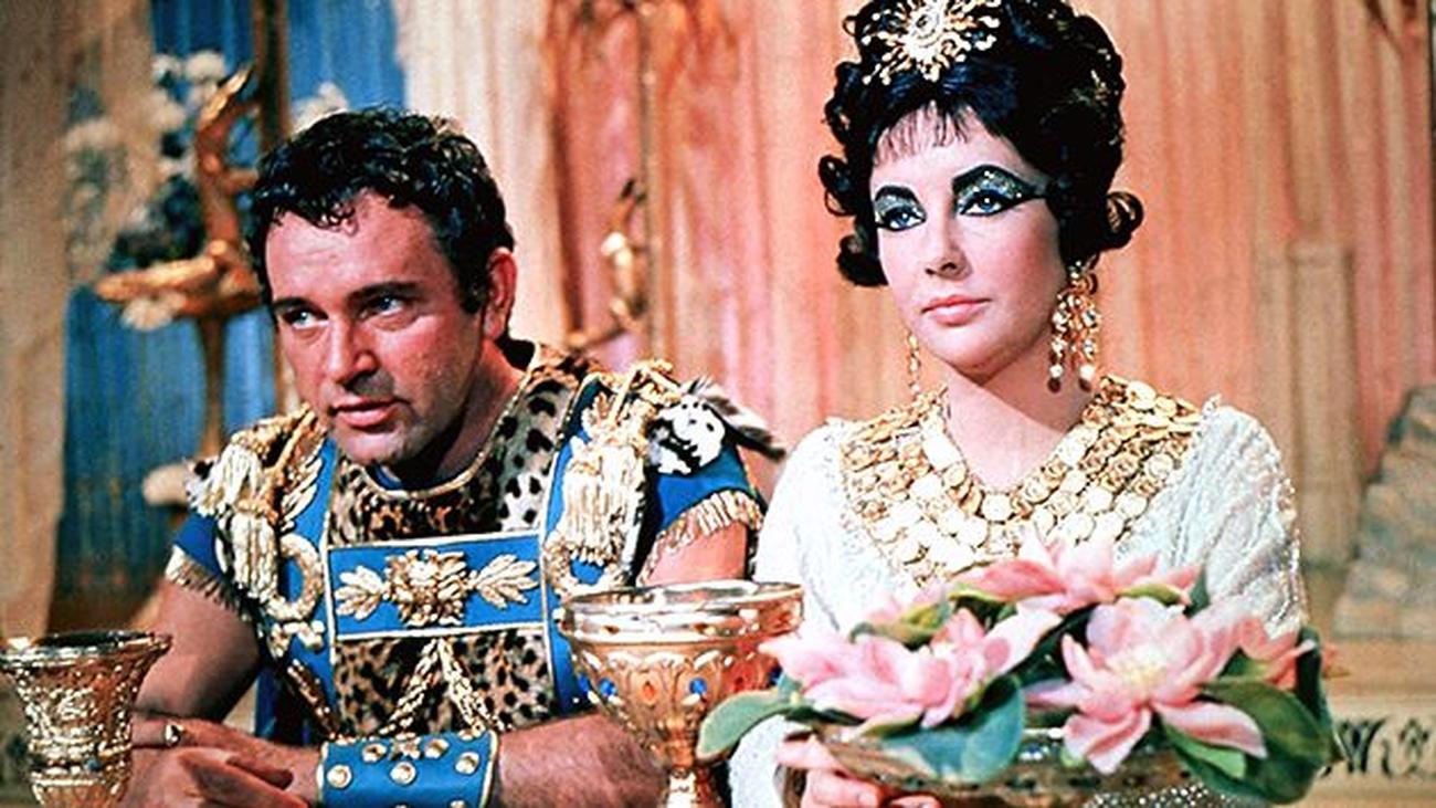 """""""Cleopatra"""": una historia de amor más grande que la vida"""