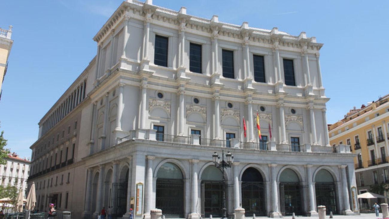 Mi cámara y yo:  200 años del Teatro Real