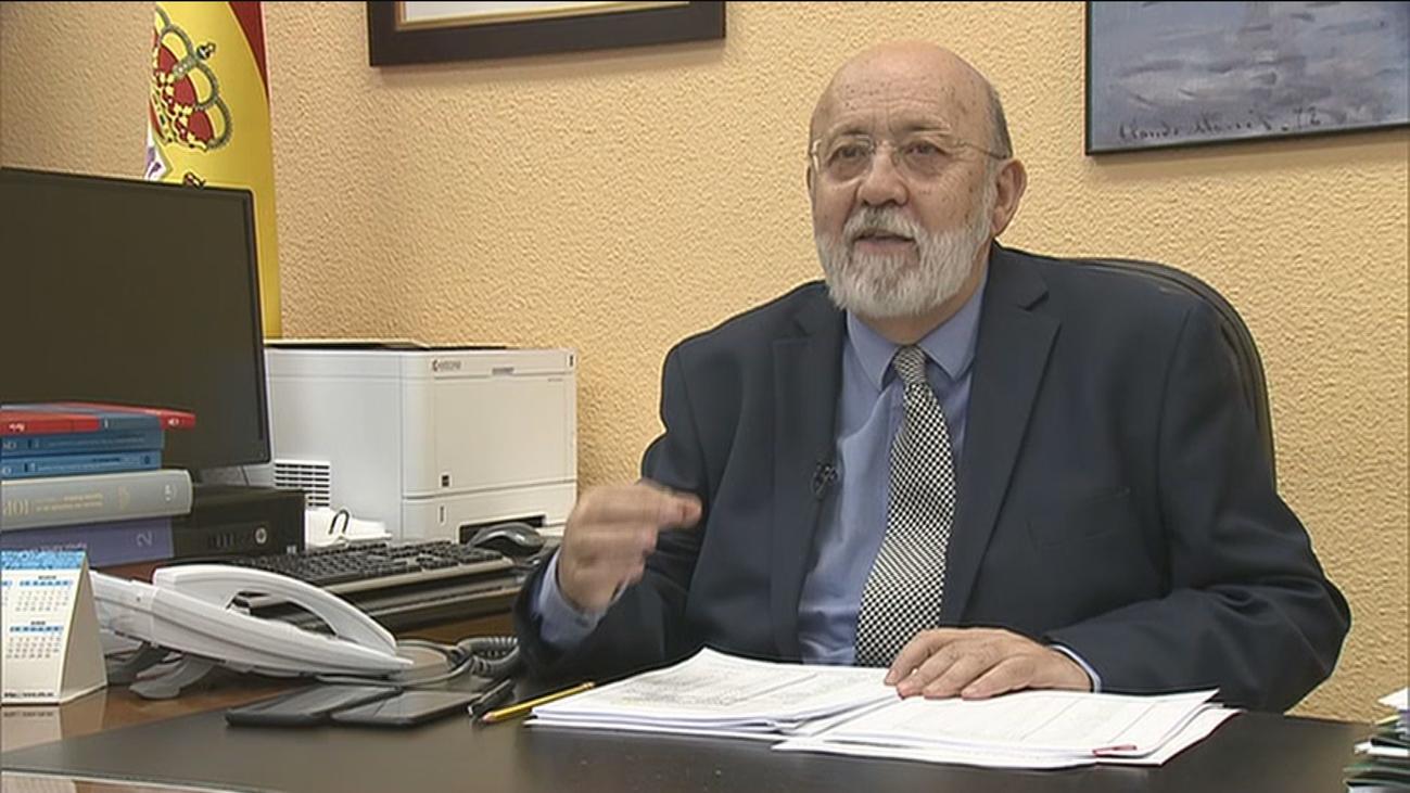 El Gobierno defiende a Tezanos y el PP pide su comparecencia en Congreso por el sesgo del CIS