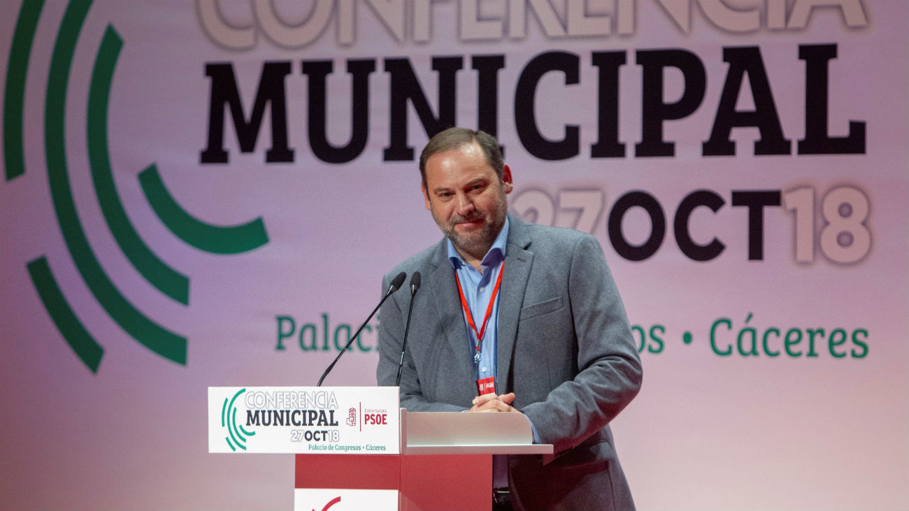 """Ábalos: el PSOE no debe entrar """"en la charca"""" ni caer en las descalificaciones del PP"""