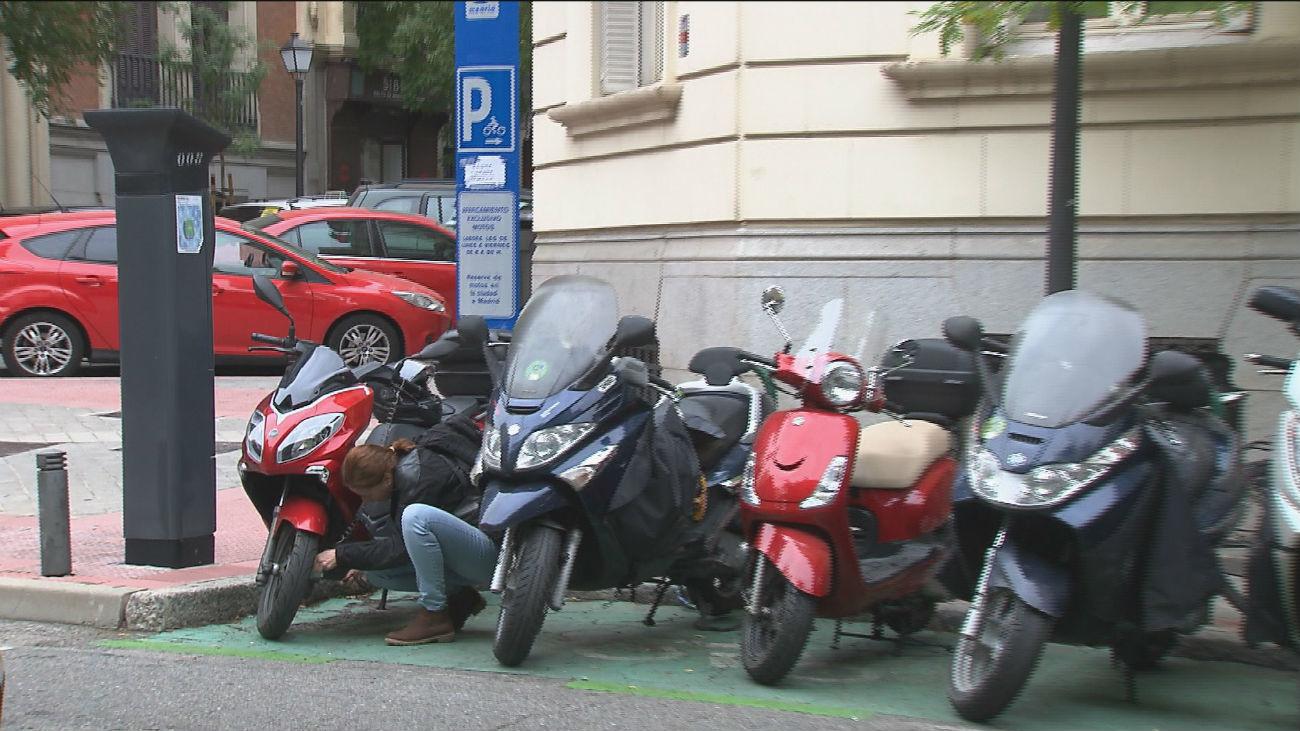 Como y donde aparcar las motos tras la entrada en vigor de la nueva ordenanza