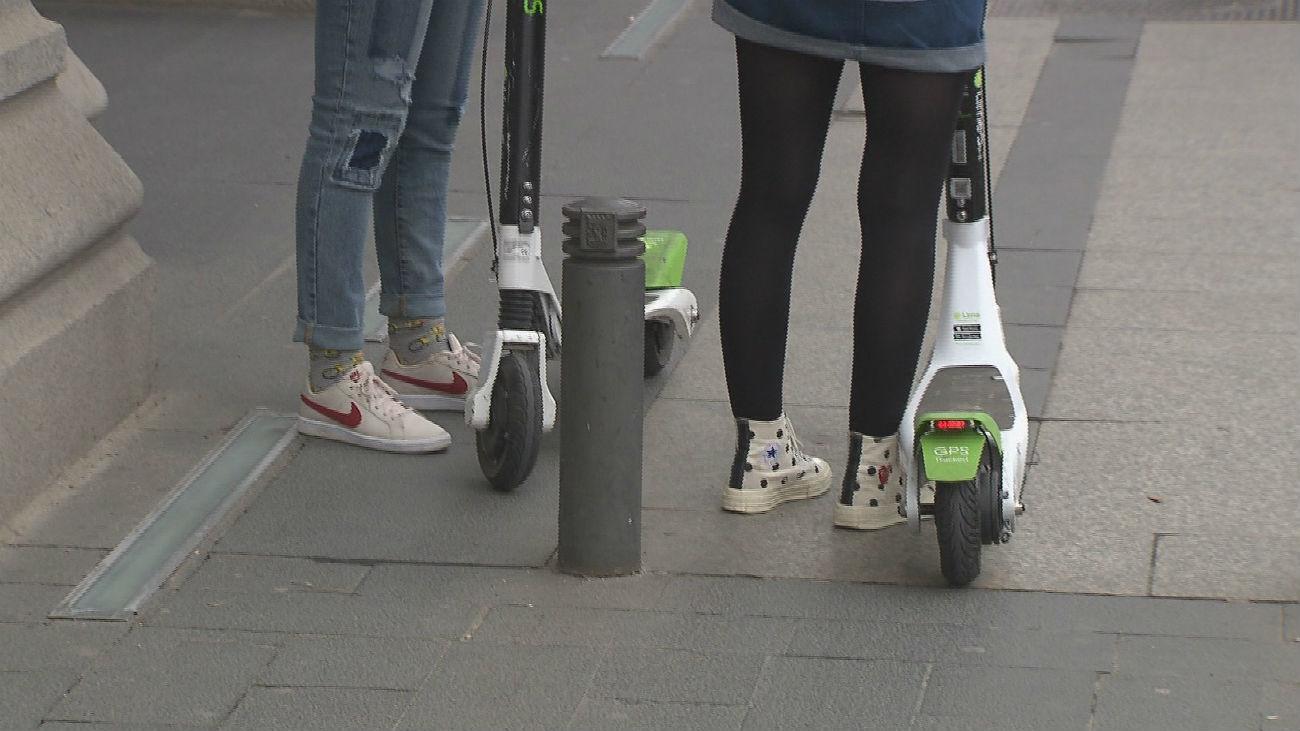 Más de 60 reclamaciones de los peatones por los patinetes eléctricos