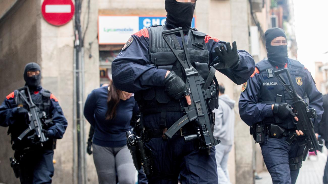 55 detenidos en la macrooperación  en Barcelona contra los narcopisos